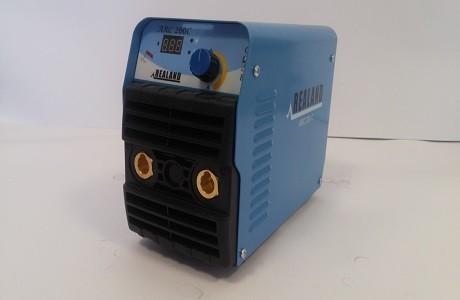 רתכת אלקטרודות ARC 200 C